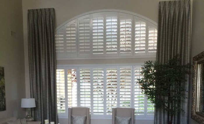 Fort Myers drapes and shutters.