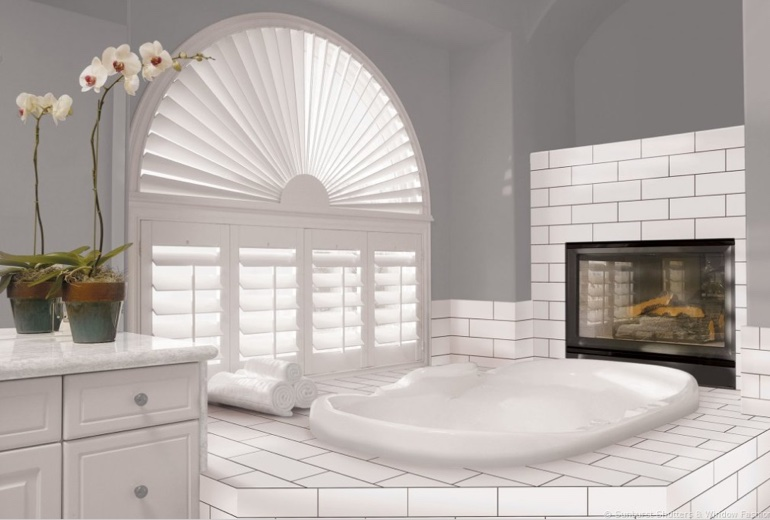 Fort Myers arched window