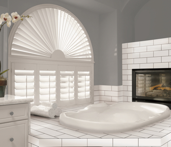 Shutters in Fort Myers bathroom