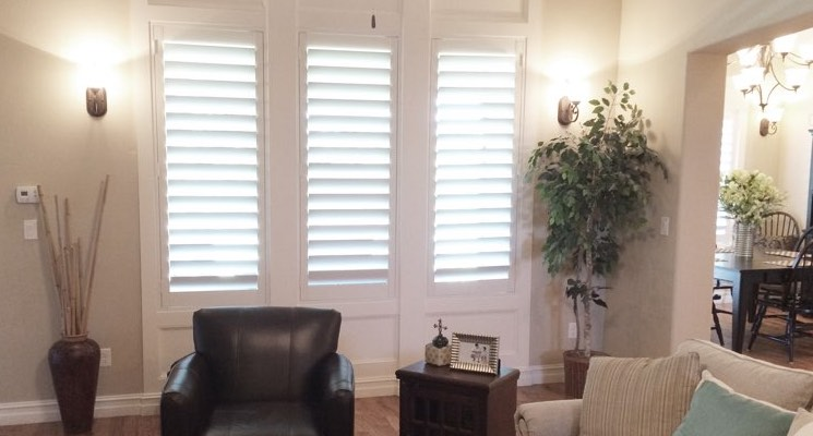Fort Myers family room white shutters
